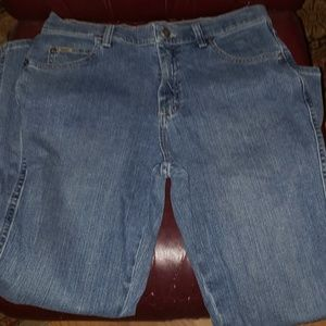 Lee bootcut relaxed jeans size 10 short